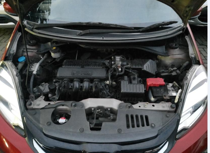Honda Brio cash & credit