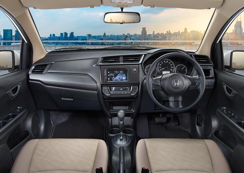 Honda All New Mobilio cash & credit